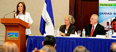 Canada Trains Salvadorian Women to Help Others