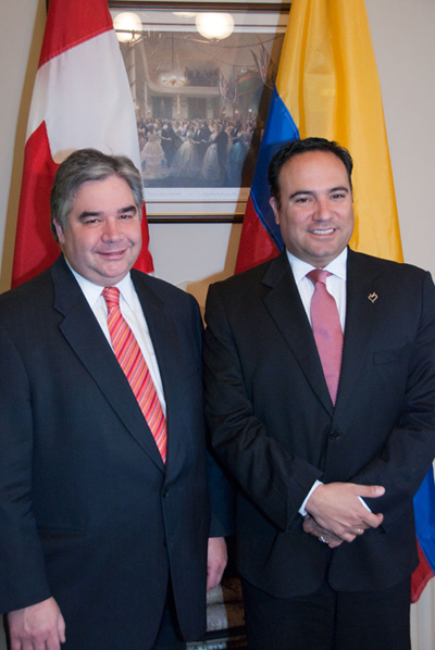 International Trade Minister Peter Van Loan and his Colombian counterpart Luis Guillermo Plata Paéz, Minister of Trade, Industry and Tourism met to discuss the implementation of the Canada-Colombia Free Trade Agreement.