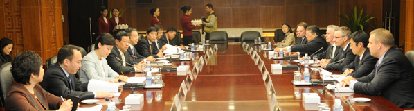 Minister Fast Meets with Minister of Commerce Chen Deming in China