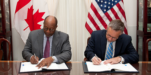 Minister Fast and U.S. Trade Representative Ron Kirk