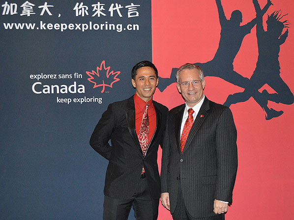 Minister Fast with Chinese-Canadian TV personality 'Mai Xiao Long'(Chelsey Mark)