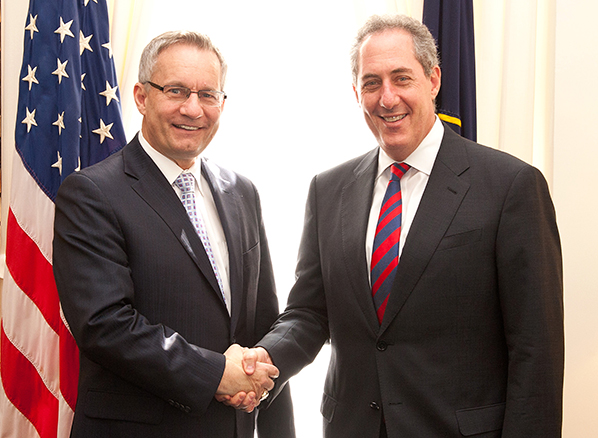 Minister Fast (left) with U.S. Trade Representative Michael Froman.