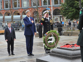 Baird and U.S. Secretary of State Pay Tribute to Fallen Soldiers at National War Memorial