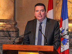 Minister Paradis delivers remarks at an event hosted by the Federation of Canadian Municipalities