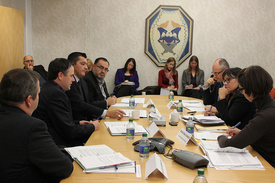 Minister Aglukkaq Engages Northerners on Arctic Council Priorities