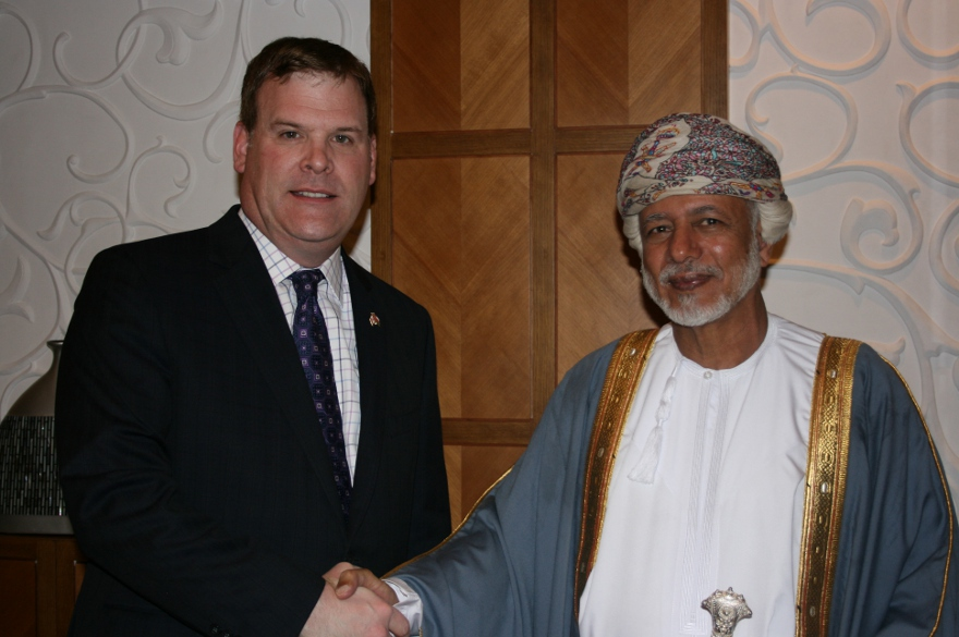 Minister Baird Meets with Oman's Foreign Minister, Promotes Strengthened Relations