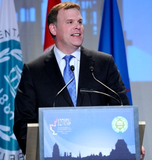 Minister Baird at Inter-Parliamentary Union Assembly