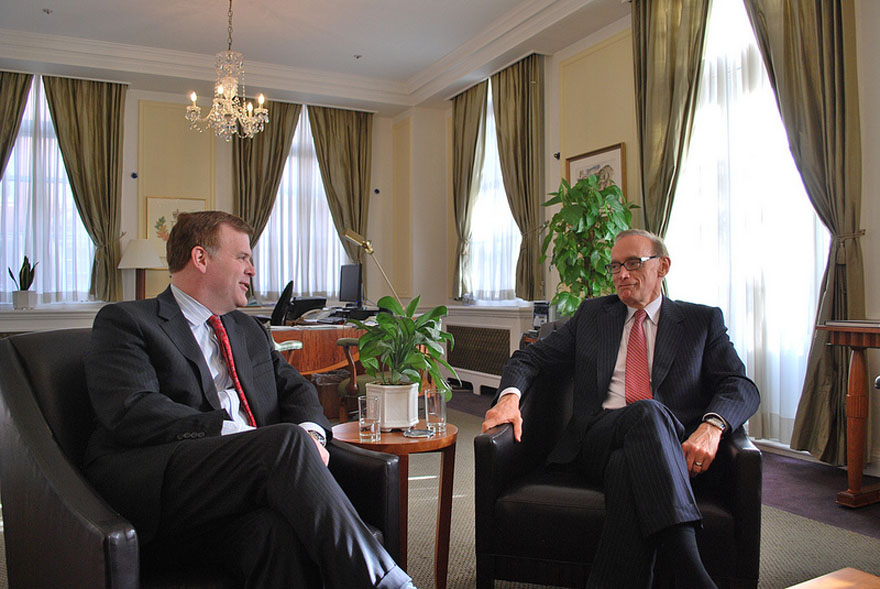 Minister Baird Meets with Australian Counterpart in London