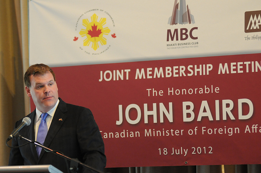 Minister Baird Addresses Key Business Associations in Manila