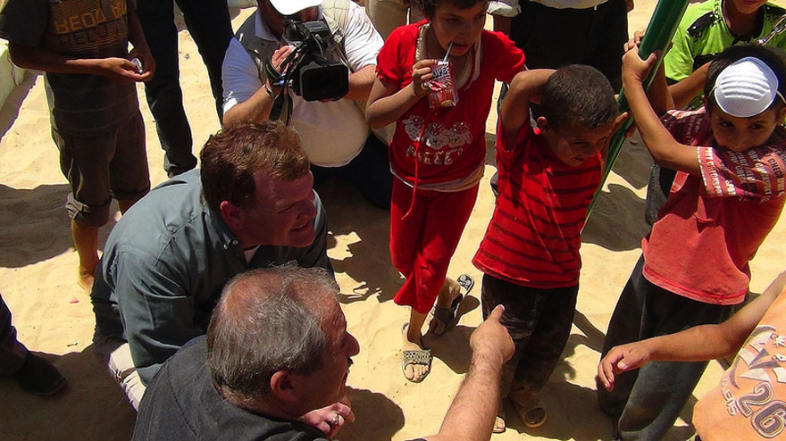 Baird Visits Jordanian Refugee Camp on Syrian Border