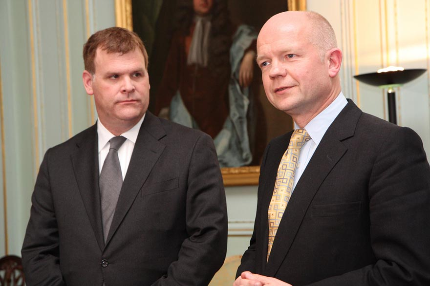 Minister Baird Meets with British Foreign Secretary William Hague