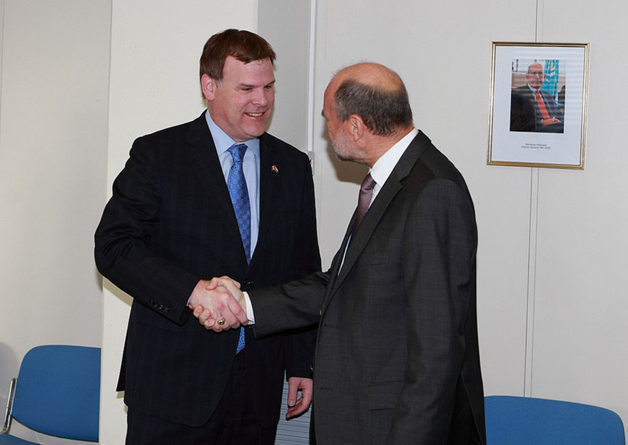 Minister Baird meets with Herman Nackaerts