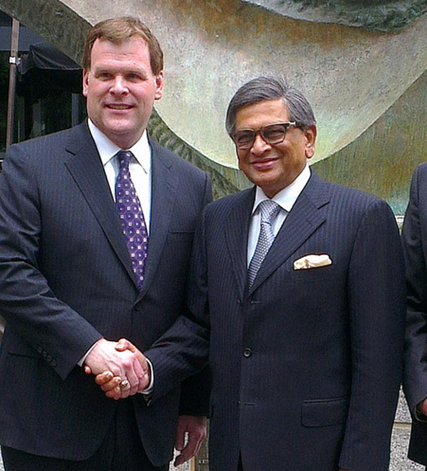 Baird Welcomes Counterpart from India