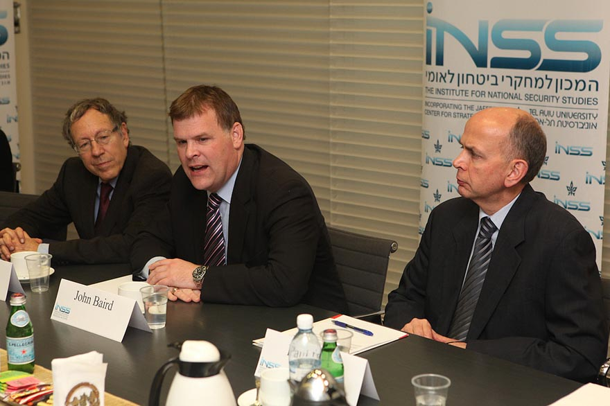 Minister Baird Participates in Round Table on Iran