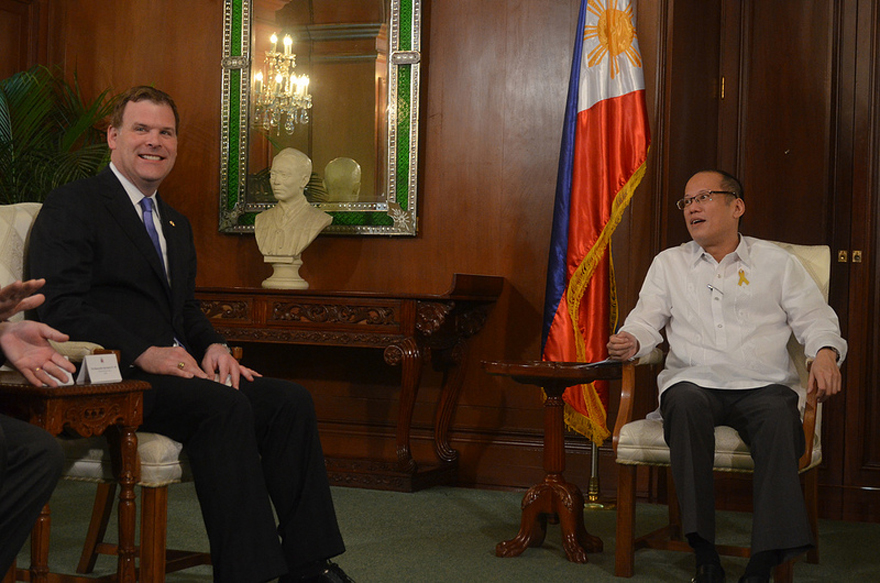 Baird Meets with Filipino President