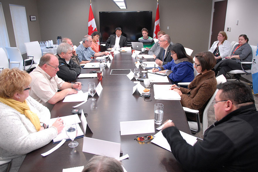 Minister Aglukkaq Participates in Round-table Discussion on Arctic Priorities