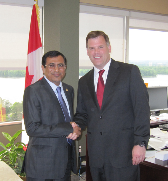 Minister Baird and United Arab Emirates Ambassador, Mohamed Abdulla Al Ghafli