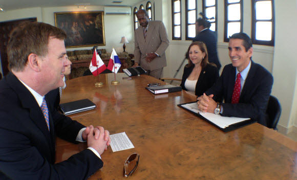 Baird Meets with Panamanian Counterpart
