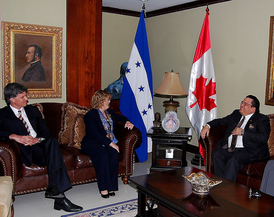 Minister Ablonczy Meets with Honduran Secretary of Foreign Affairs