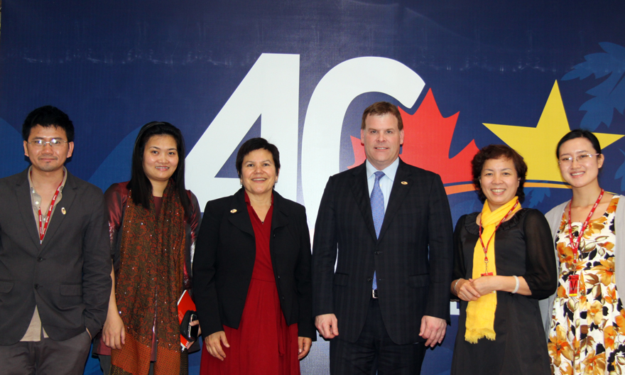Baird Meets Civil Society on Human Rights in Vietnam