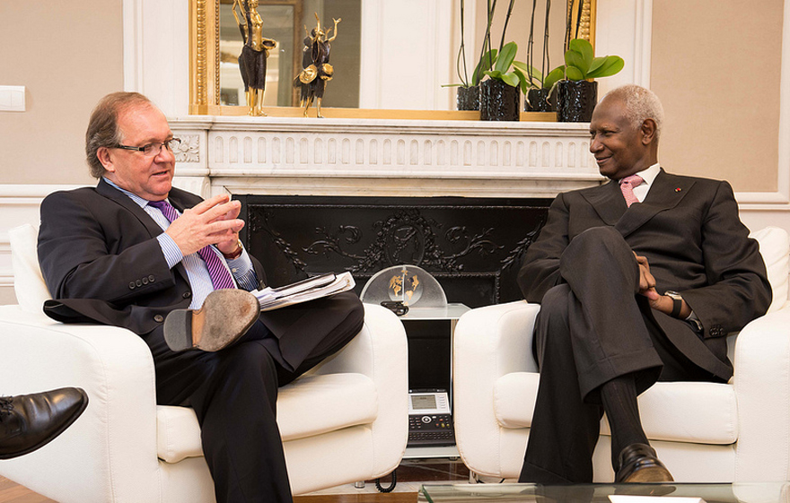 Minister of State Valcourt meets with Abdou Diouf, Secretary General of La Francophonie
