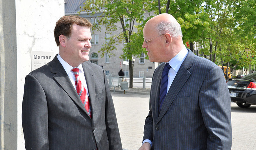 Minister Baird Welcomes Dutch Counterpart