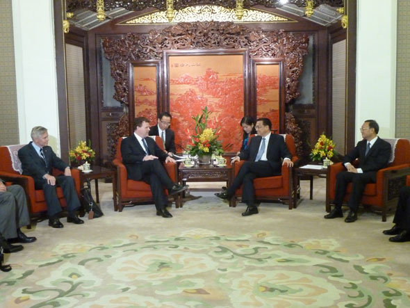 Minister Baird meets with Meets Mr. Li Keqiang, China's Executive Vice Premier