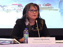 Minister Aglukkaq opens the founding meeting of the Arctic Economic Council