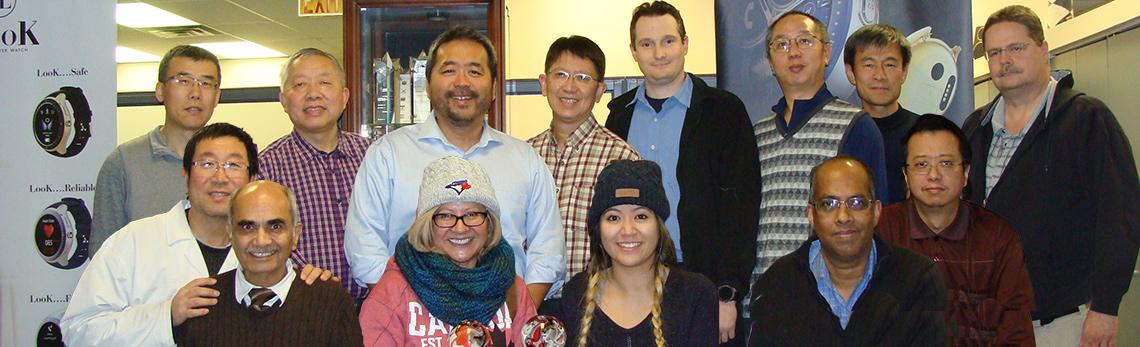 Employés de Laipac Technologies dans leurs bureaux de Mississauga.