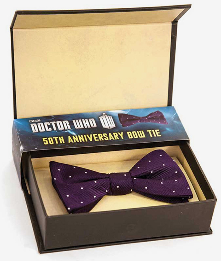 A bow tie from AbbyShot's Doctor Who collection.