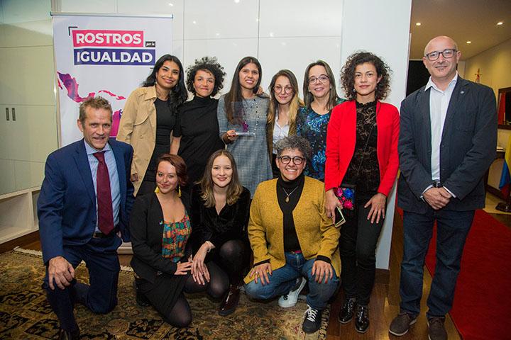 Members of the Mesa por la Vida y la Salud de las Mujeres with Ambassador Marcel Lebleu.