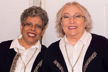 Soraya Benitez (à droite) et son épouse Olga Ortega (à gauche) lors de leur mariage à Boucherville.